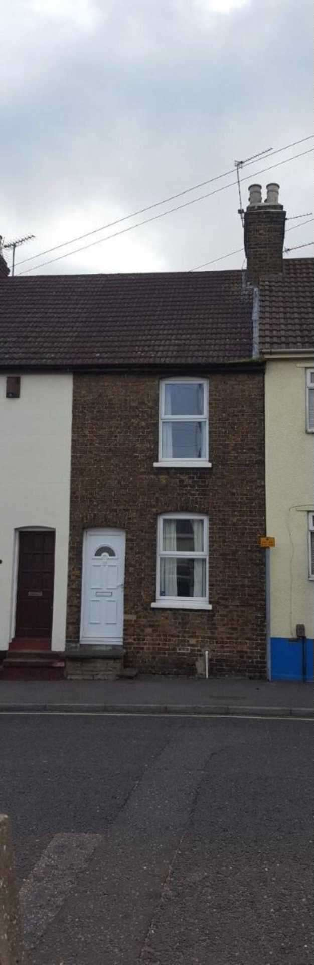 2 Bedrooms Terraced House for sale in Gillingham