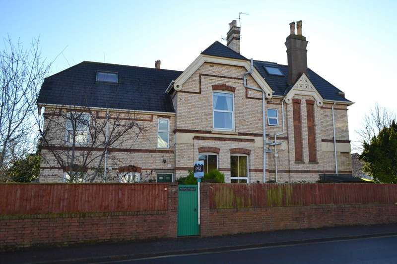2 Bedrooms Flat for sale in Portland Avenue, Exmouth