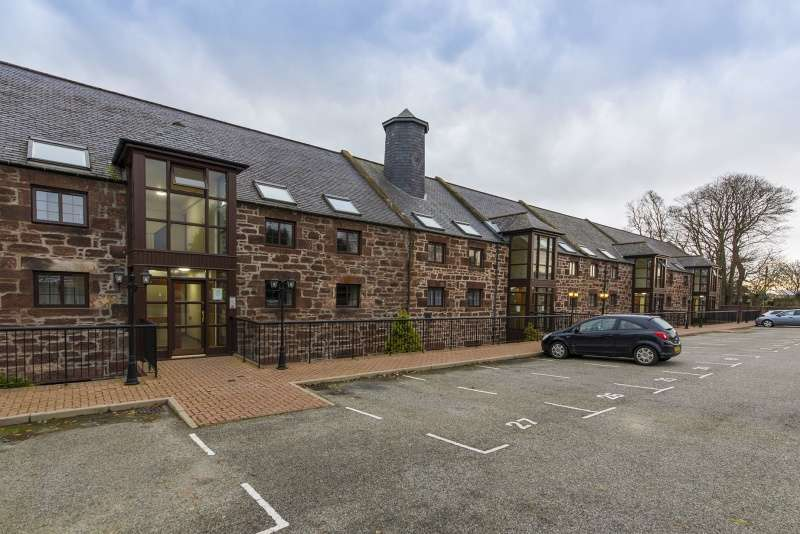 2 Bedrooms Flat for sale in Station Road, Turriff, Aberdeen, AB53 4ER