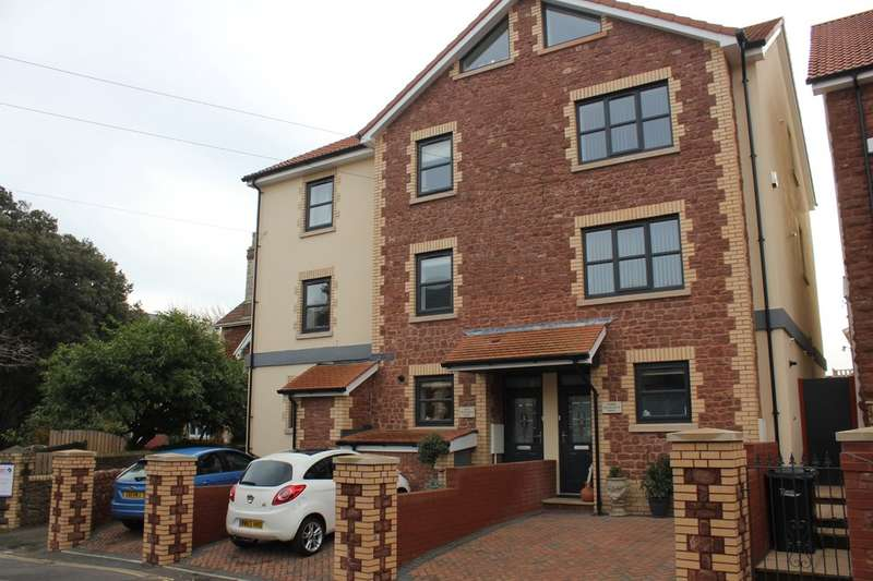 4 Bedrooms Town House for sale in Courtland Road, Paignton