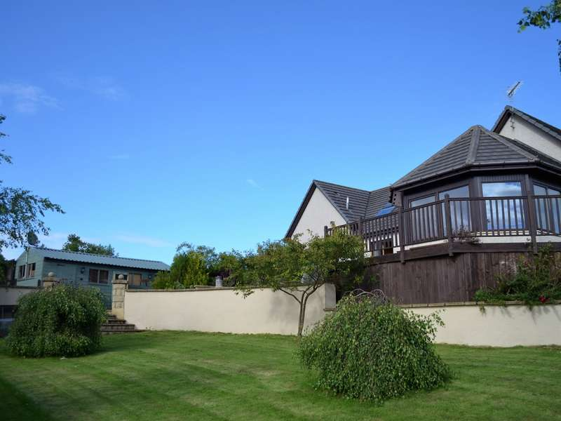 6 Bedrooms Detached House for sale in Springbank Mains Of Cuffurach, Clochan, Buckie, AB56 5HP