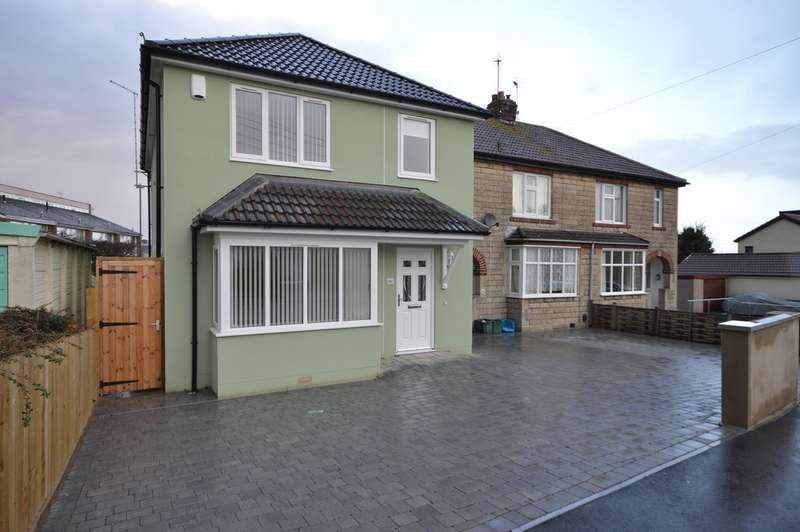 3 Bedrooms Detached House for sale in Queens Road, Keynsham, BS31