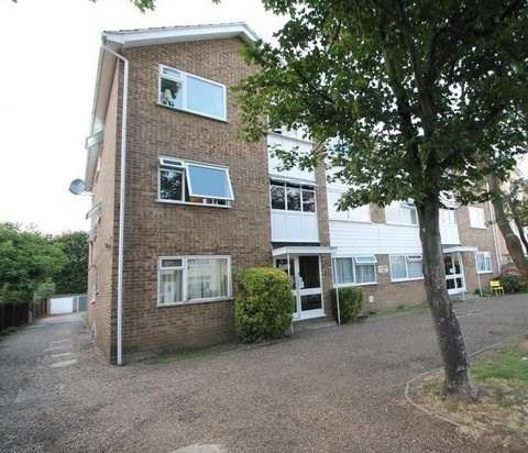 1 Bedroom Flat for rent in Stanwell Road, Ashford, TW15