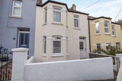 3 Bedrooms Terraced House for sale in Padstow, Cornwall, .