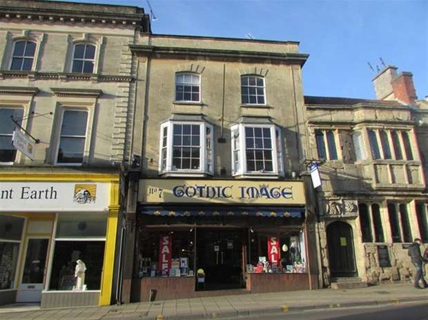 1 Bedroom Flat for sale in St Johns Square, Glastonbury