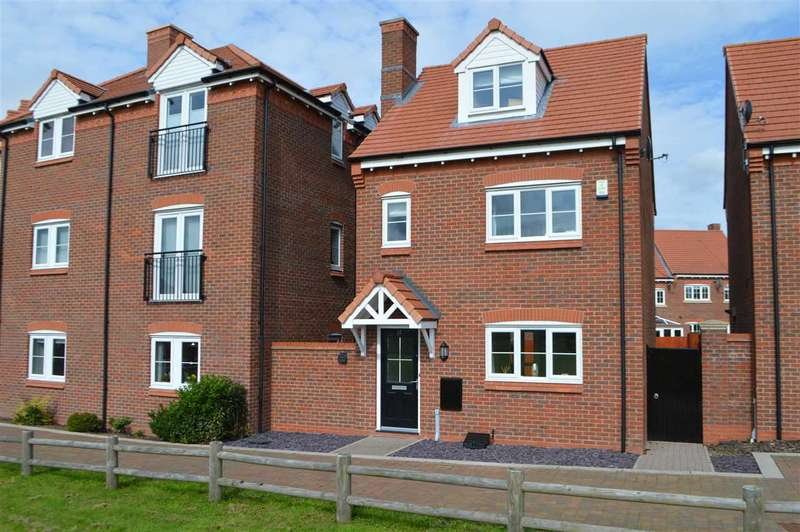 4 Bedrooms Detached House for sale in Sampson Close, Eaves Green, Chorley