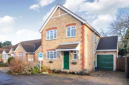 3 Bedrooms Detached House for sale in Ashingdon, Rochford, Essex