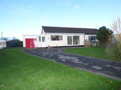 2 Bedrooms Bungalow for sale in Bwlch Mawr, Dwyran, Anglesey, North Wales, LL61