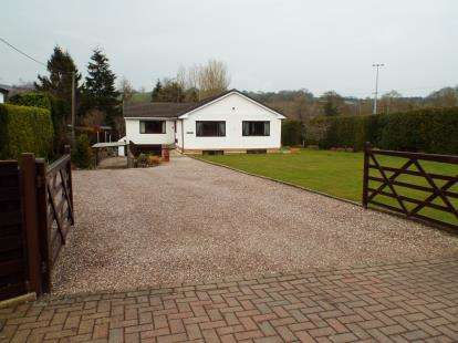 4 Bedrooms Detached House for sale in Vicarage Road, Rhydymwyn, Mold, Flintshire, CH7