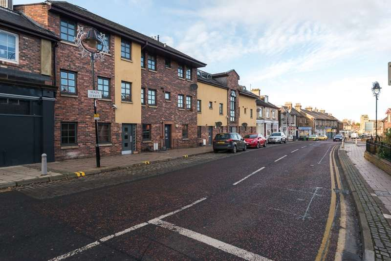 2 Bedrooms Flat for sale in Main Street, Newtongrange, Midlothian, EH22 4PF