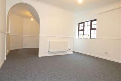 4 Bedrooms House for rent in Carmen Mews, Gladys Avenue, Portsmouth