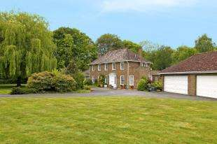 4 Bedrooms Detached House for sale in The Wedges, Itchingfield, Horsham, West Sussex