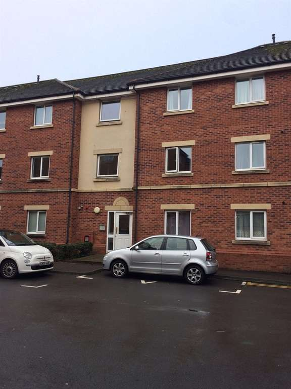 2 Bedrooms Flat for sale in Clos Dewi Sant, Canton, Cardiff