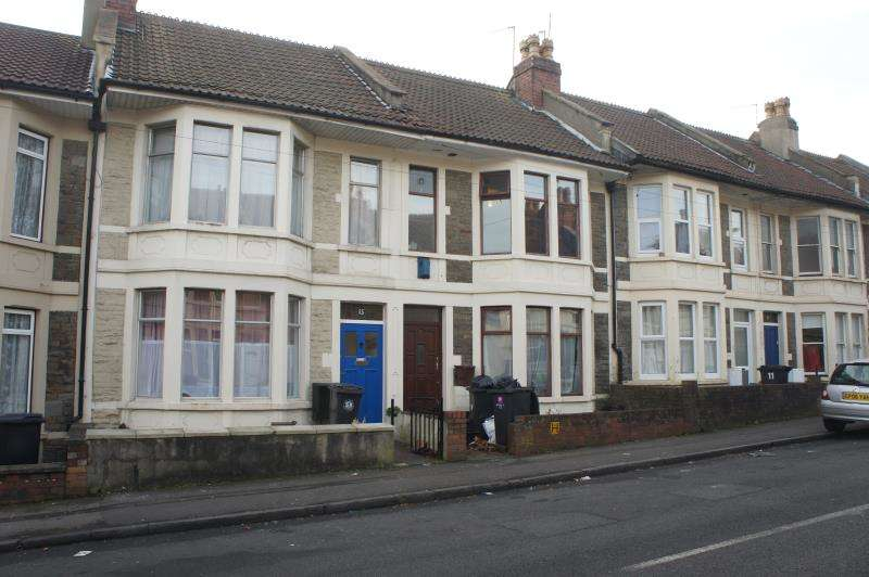 7 Bedrooms Terraced House for rent in Toronto Road, Horfield, Bristol, BS7 0JR