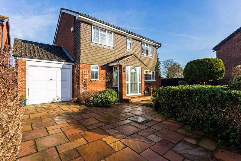 4 Bedrooms Detached House for sale in Church Hill, Cheddington