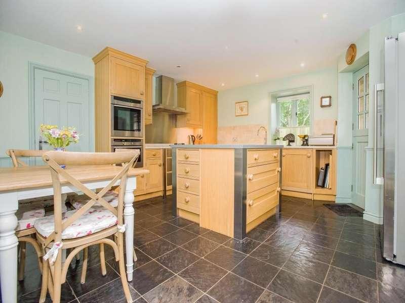 4 Bedrooms Semi Detached House for sale in Alston Lane, Alston, Preston, PR3