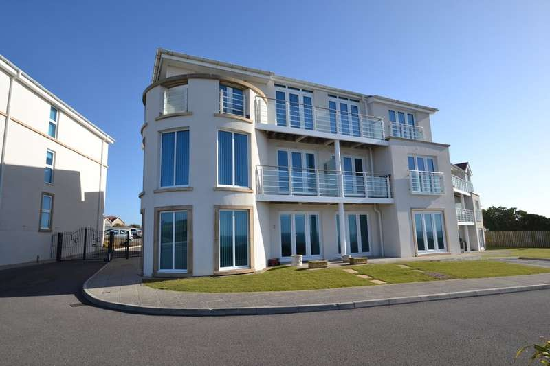 2 Bedrooms Flat for sale in 4 Locks Lodge, Locks Common Road, Porthcawl, Bridgend County Borough, CF36 3DZ
