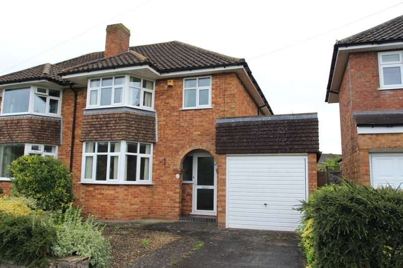 3 Bedrooms Semi Detached House for rent in Welland Road, Keynsham, BS31