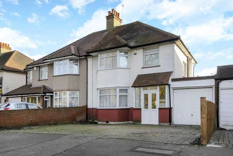 4 Bedrooms Semi Detached House for sale in Whitchurch Lane, Canons Park