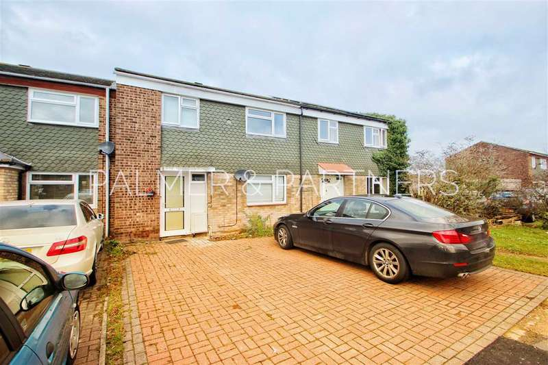 3 Bedrooms Terraced House for sale in Gurdon Road, Colchester