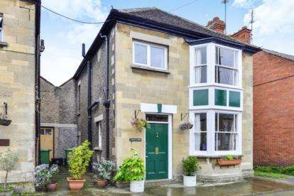 3 Bedrooms Link Detached House for sale in Glastonbury, Somerset, England