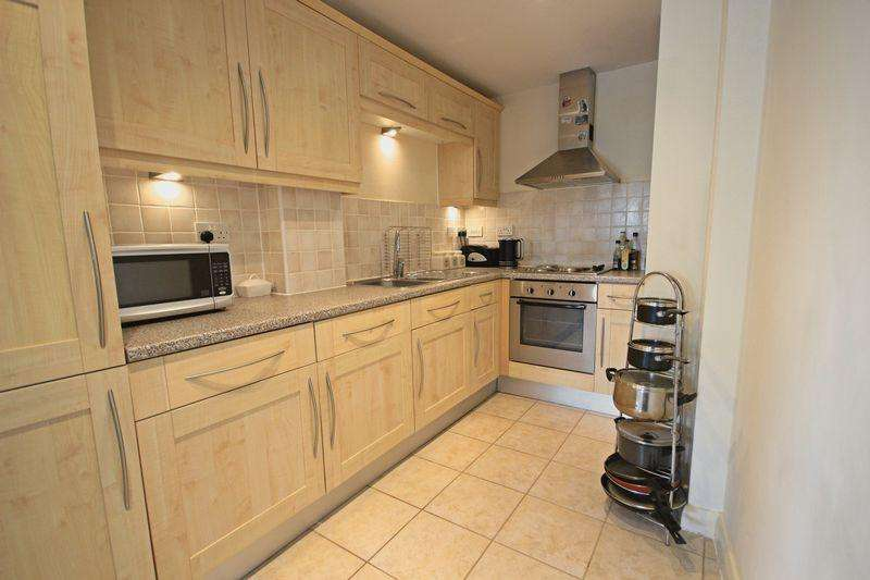 2 Bedrooms Apartment Flat for sale in Midland Road, Luton