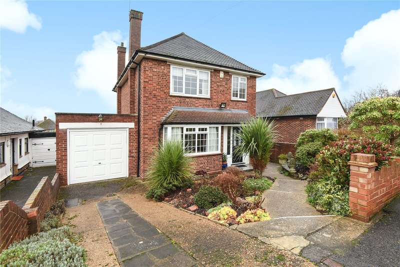 3 Bedrooms Detached House for sale in Dean Close, Hillingdon, Middlesex, UB10