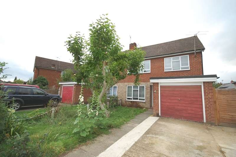 5 Bedrooms Semi Detached House for rent in Limes Road, Egham, TW20