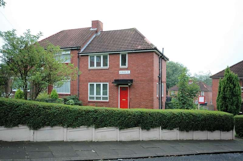 3 Bedrooms Semi Detached House for sale in Aubone Avenue, Newcastle upon Tyne, Tyne and Wear, NE15