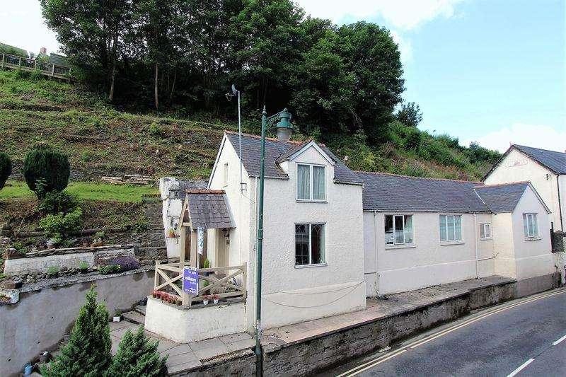 4 Bedrooms Detached House for sale in Bridge Street, Corwen