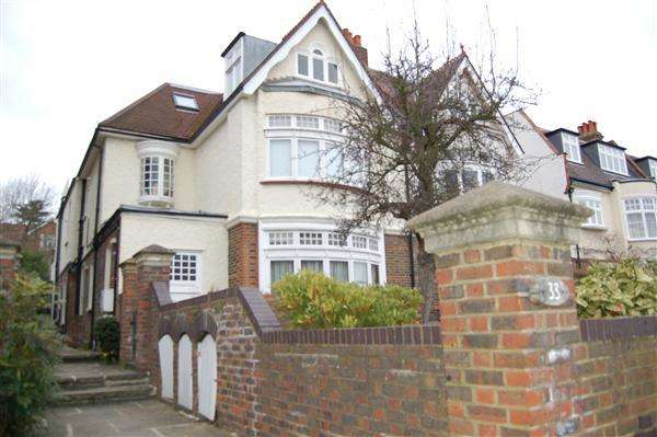 2 Bedrooms Apartment Flat for sale in Vineyard Hill Road, London