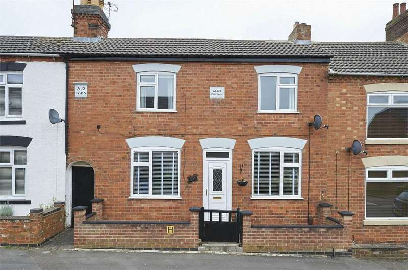 2 Bedrooms Terraced House for sale in King Street, Desborough, Kettering, Northamptonshire