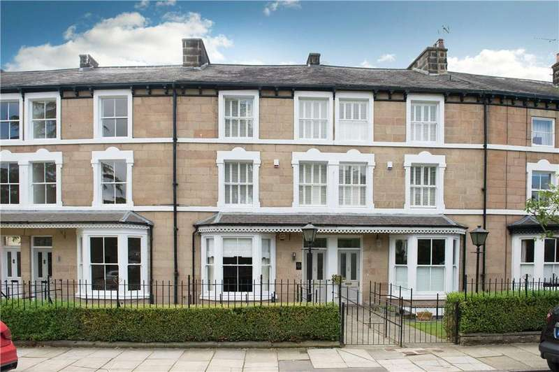 4 Bedrooms Terraced House for sale in Swan Road, Harrogate, North Yorkshire, HG1