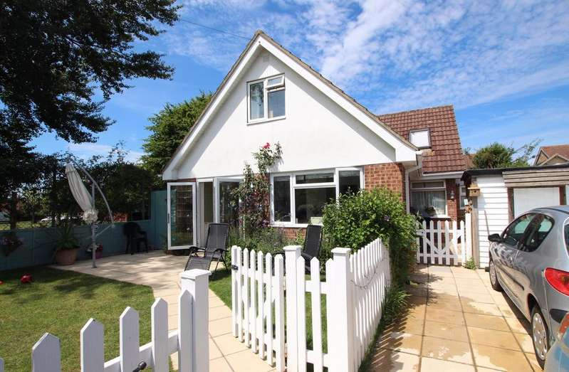 5 Bedrooms Detached House for sale in FAWLEY