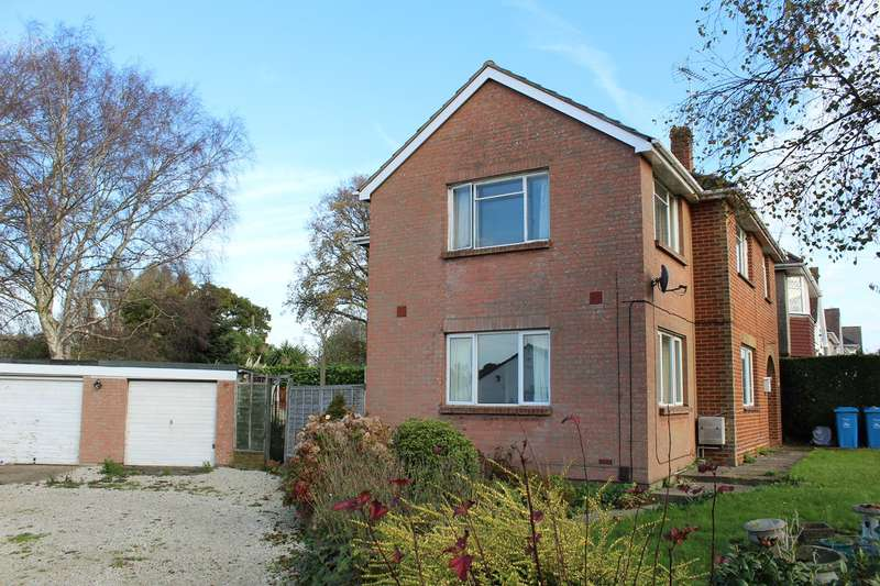 2 Bedrooms Ground Flat for rent in Upton Road, Poole, Poole, BH17
