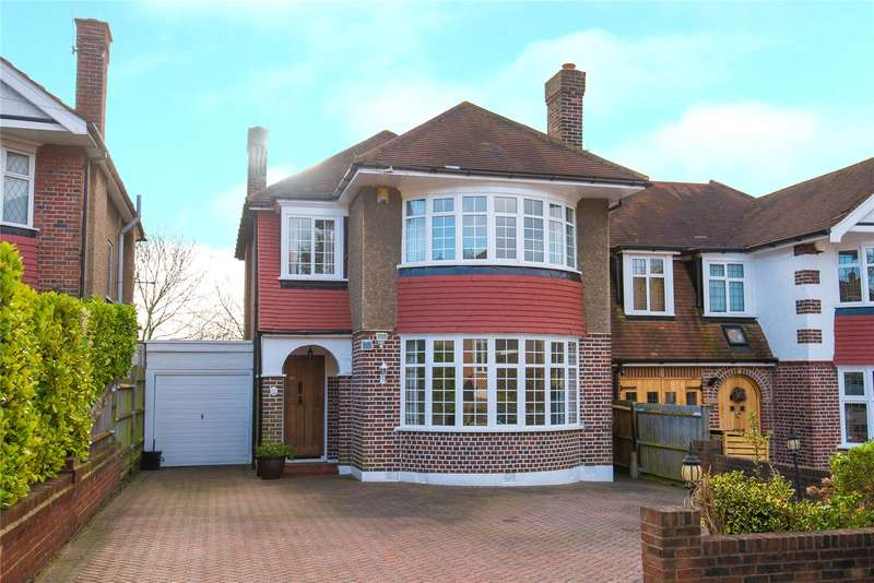 3 Bedrooms Detached House for sale in Monro Gardens, Harrow Weald, HA3