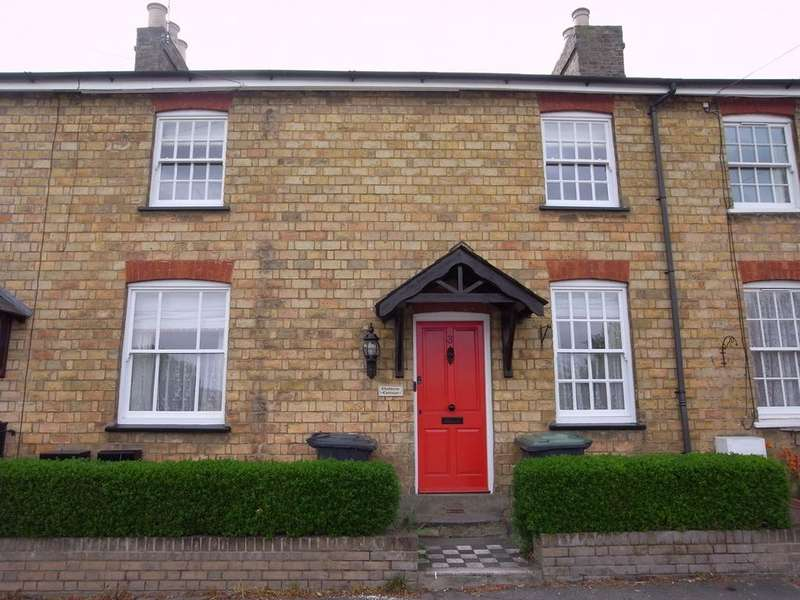 3 Bedrooms Cottage House for rent in Hillfoot Road, Shillington, Hitchin, SG5