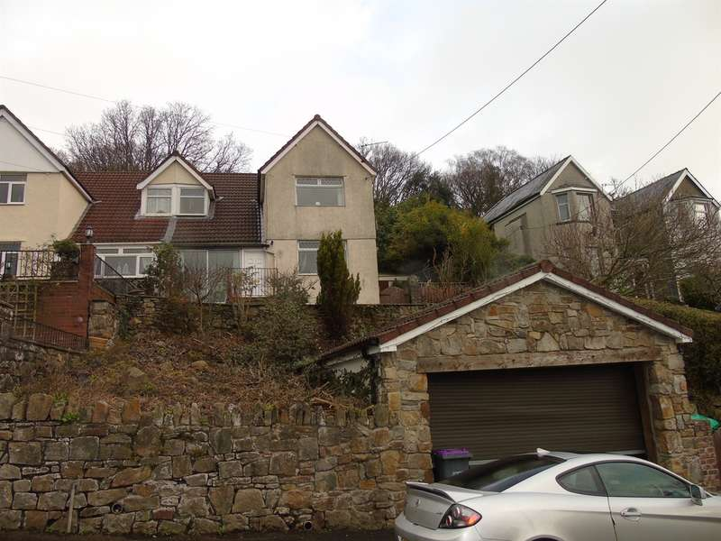 3 Bedrooms Semi Detached House for sale in Churchwood Close, Penygarn, Pontypool