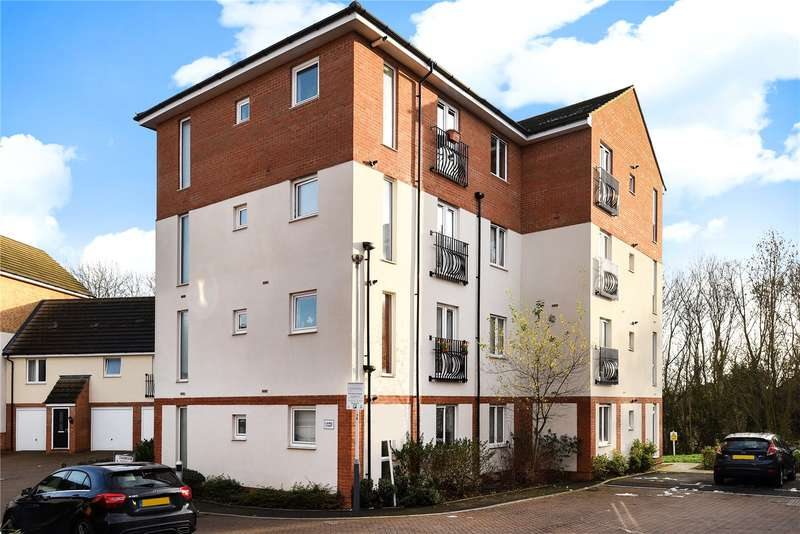 2 Bedrooms Apartment Flat for sale in Laurel Court, 2 Chadwick Gardens, Uxbridge, Middlesex, UB8