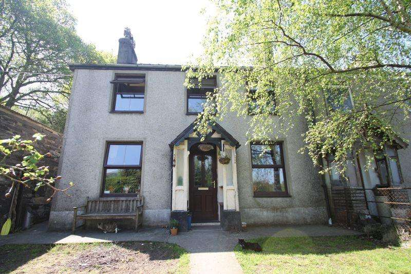 3 Bedrooms Semi Detached House for sale in Bethesda, Gwynedd