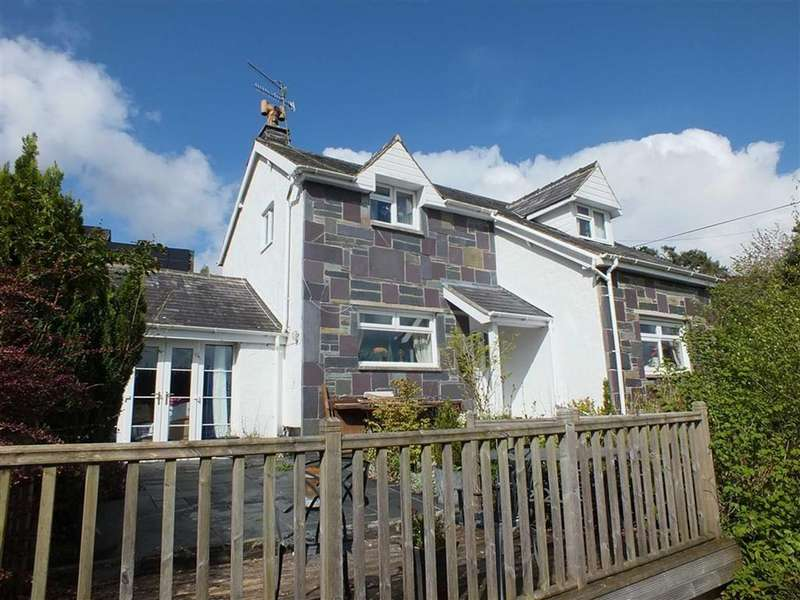 2 Bedrooms Detached House for sale in Trefriw