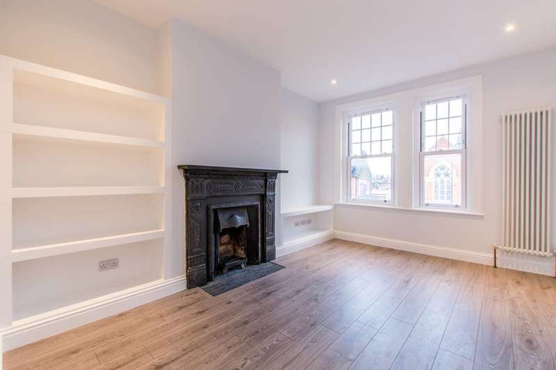 2 Bedrooms Flat for sale in The Boulevard, Balham, SW17