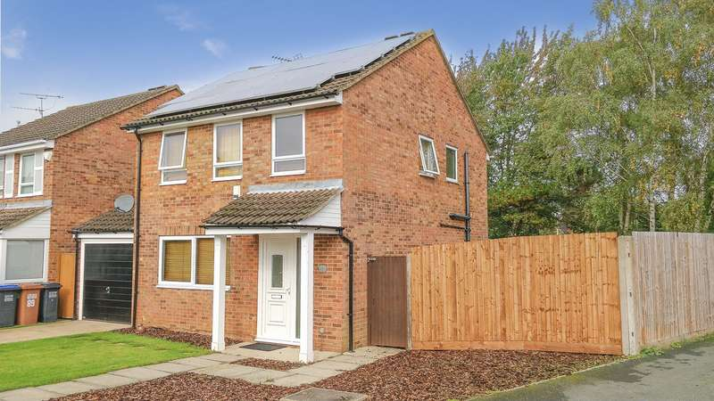 4 Bedrooms Detached House for sale in Lords Wood, Welwyn Garden City, AL7