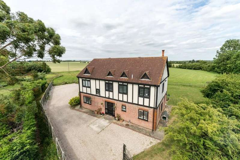 4 Bedrooms Detached House for sale in Blackmore, Ingatestone