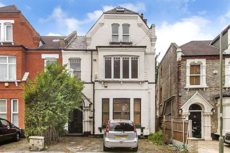 2 Bedrooms Flat for sale in Station Road, N3