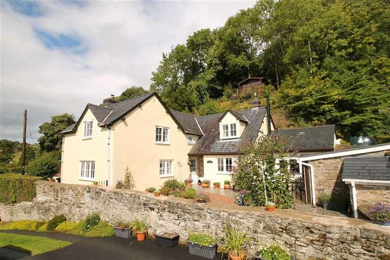 3 Bedrooms Detached House for sale in Cefn Einion, Bishops Castle