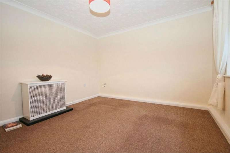 1 Bedroom Flat for sale in Wilburn Court, Cottingham, East Riding of Yorkshire