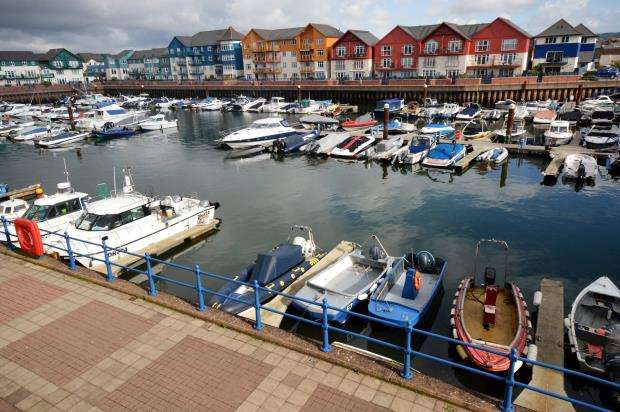 2 Bedrooms Flat for sale in Pilot Wharf, Pierhead, Exmouth, Devon