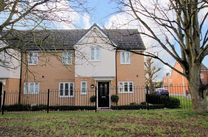 3 Bedrooms Semi Detached House for rent in Jubilee Walk, Calcot, Reading, RG31