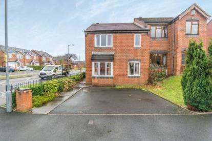 4 Bedrooms Semi Detached House for sale in Gospel Lane, Acocks Green, Birmingham, West Midlands